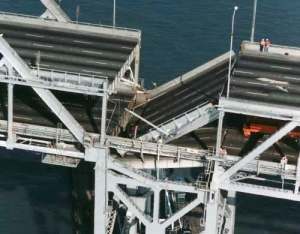 Collapsed eastern span of the Bay Bridge, 1989. (Image sources: http://baybridgeinfo.org/timeline)