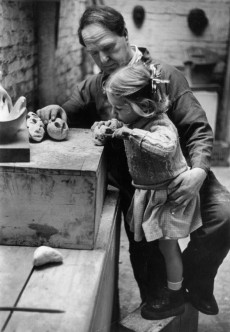 Henry Moore with his daughter Mary Moore in his studio in 1949. Photograph: Getty