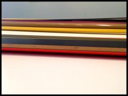 """Isa Genzken, Rot-schwarz-gelbes Ellipsoid 'S.L. Popova' (Red-Black-Yellow Ellipsoid """"S.L. Popova), 1981 (Detail)."""